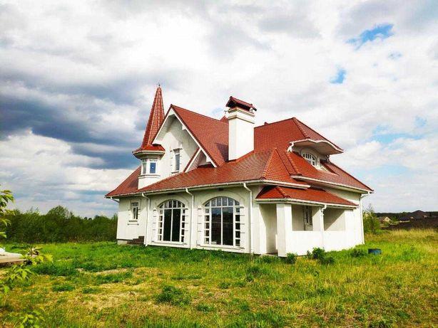 Продаж будинку з власним ставком!