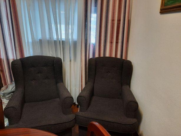 Vendo sofás 1 lugar poltrona NOVOS