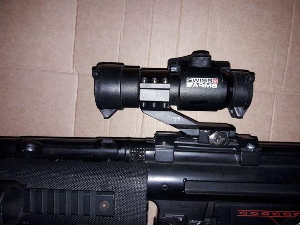 Mp5 com silenciador ,,redot   120€