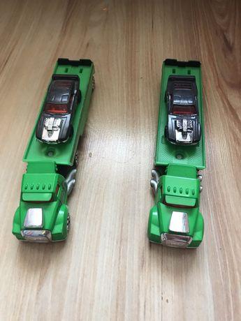 Ciężarówki Hot Wheels + samochodzik