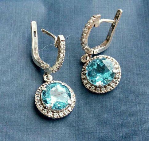 Серьги серебро с крупным топазом 1 см. Sky blue topaz и к. цирконами