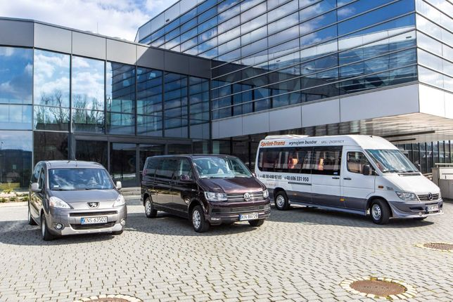 Przewóz osób busami 9 i 19-osobowymi, autobusami