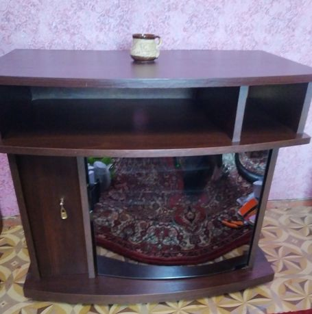 Тумбочка, тумба, столик, тумбочка под телевизор, зеркальная тумбочка,