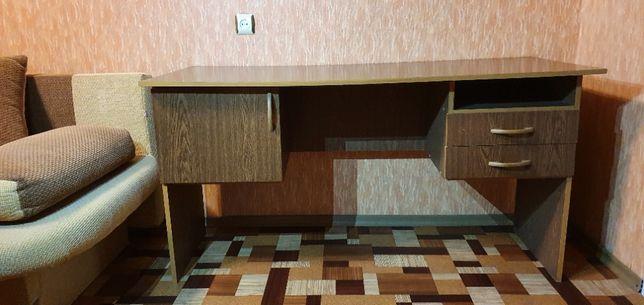 Письмовий стіл б/в (письменный стол)