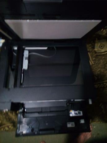 Цветной принтер canon  Есть несколько