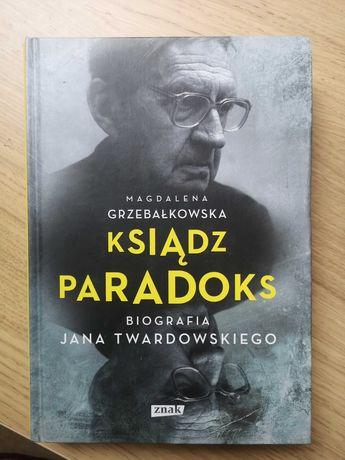 Ksiądz Paradoks Grzebałkowska oprawa twarda ideał