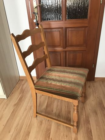 Krzesła drewniane 8szt.