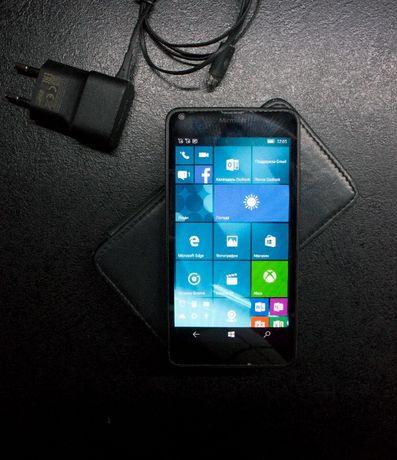 Продам Microsoft Lumia640 dual sim состояние идеал.