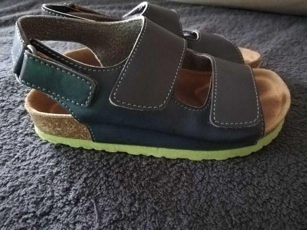 Sandałki roz 27UE