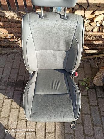 Fotele przód Suzuki Grand Vitara i Grand Vitara XL7