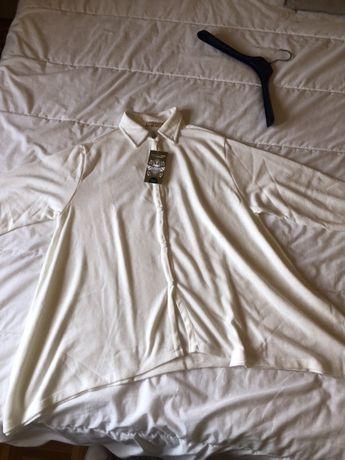 Vendo blusa mafalda leitao com etiqueta