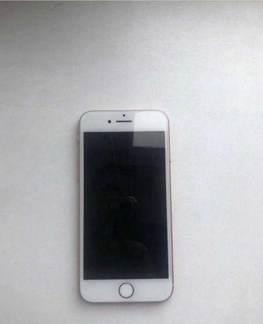 Телефон Iphone 8