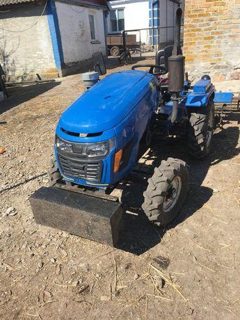 Трактор Файтер 18