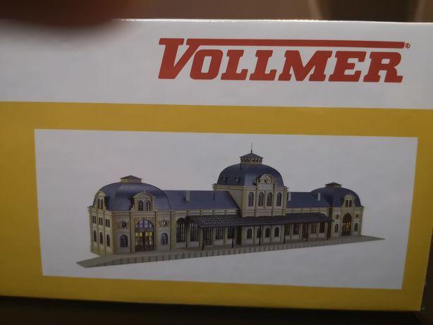 Piękny duży dworzec kolejowy H0 Baden Baden Vollmer