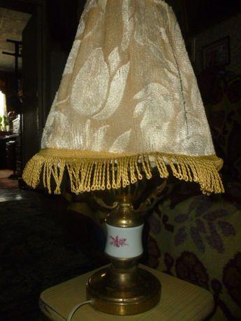 Настольная лампа. латунь, фарфор.
