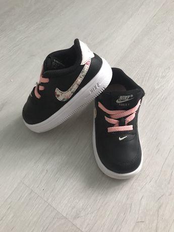 Nike force 1 dziewczece 22