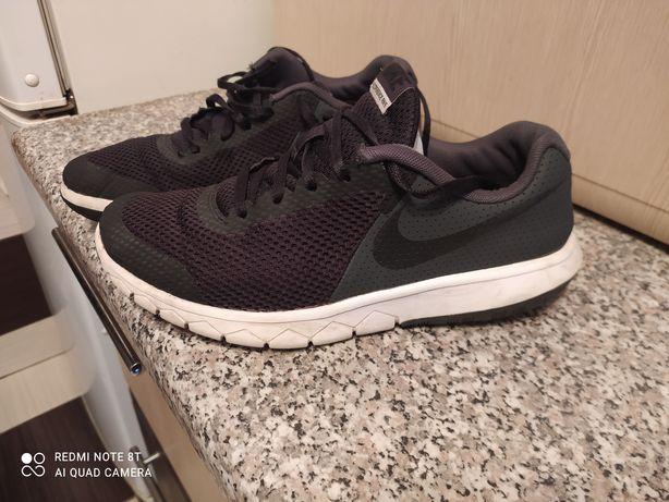 Кросовки Nike 40