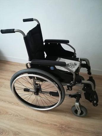 Ultralekki wózek aluminiowy Vermeiren V200