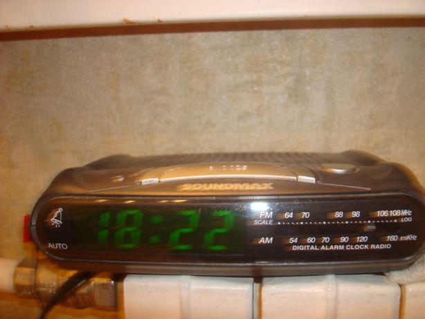 Продаю злектрон.часы+радио.