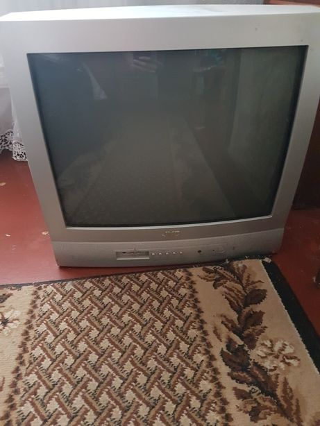 Телевизор бу рабочий с пультом