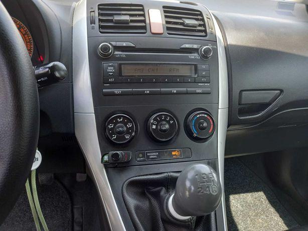 Toyota Auris Comercial