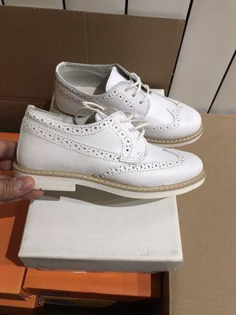 Туфлі для дівчаток . Шкіра. Італія.Фірма melania.