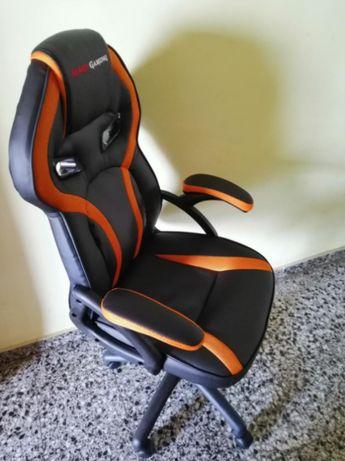 Cadeira Gaming (Rosa, Branca, Vermelha, Preta, etc)