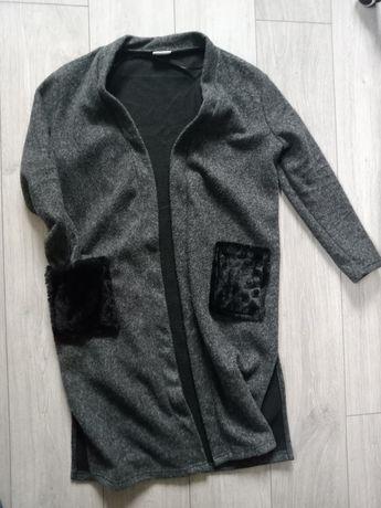 Sweter ciepły długi