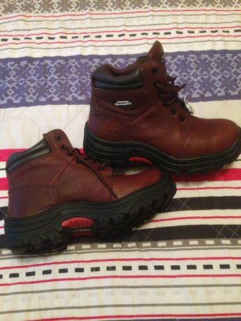 Новые ботинки Skechers