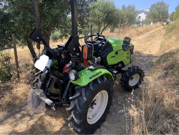 Tractor Novo 2021 Preet Avenger 4x4 Motor Mitsubishi