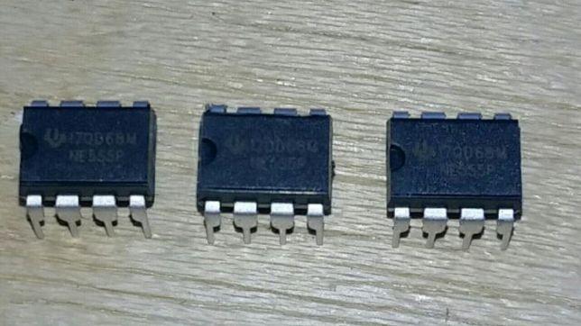 Conjunto de 5 circuitos integrados NE555 novos