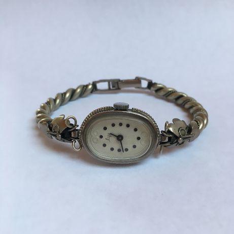 Женские механические часы Луч (Luch)