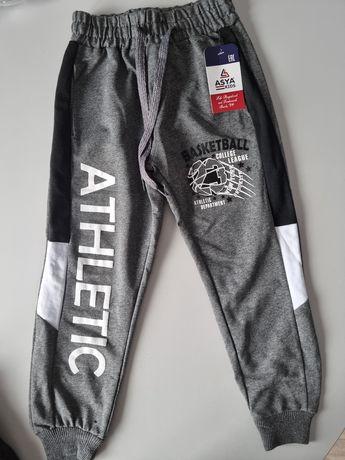 Nowe spodnie dresowe 116