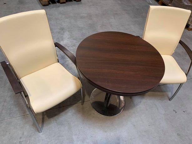 Orzechowy stolik kawowy , meble biurowe , stolik i krzesła