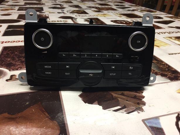 Radio clio 4