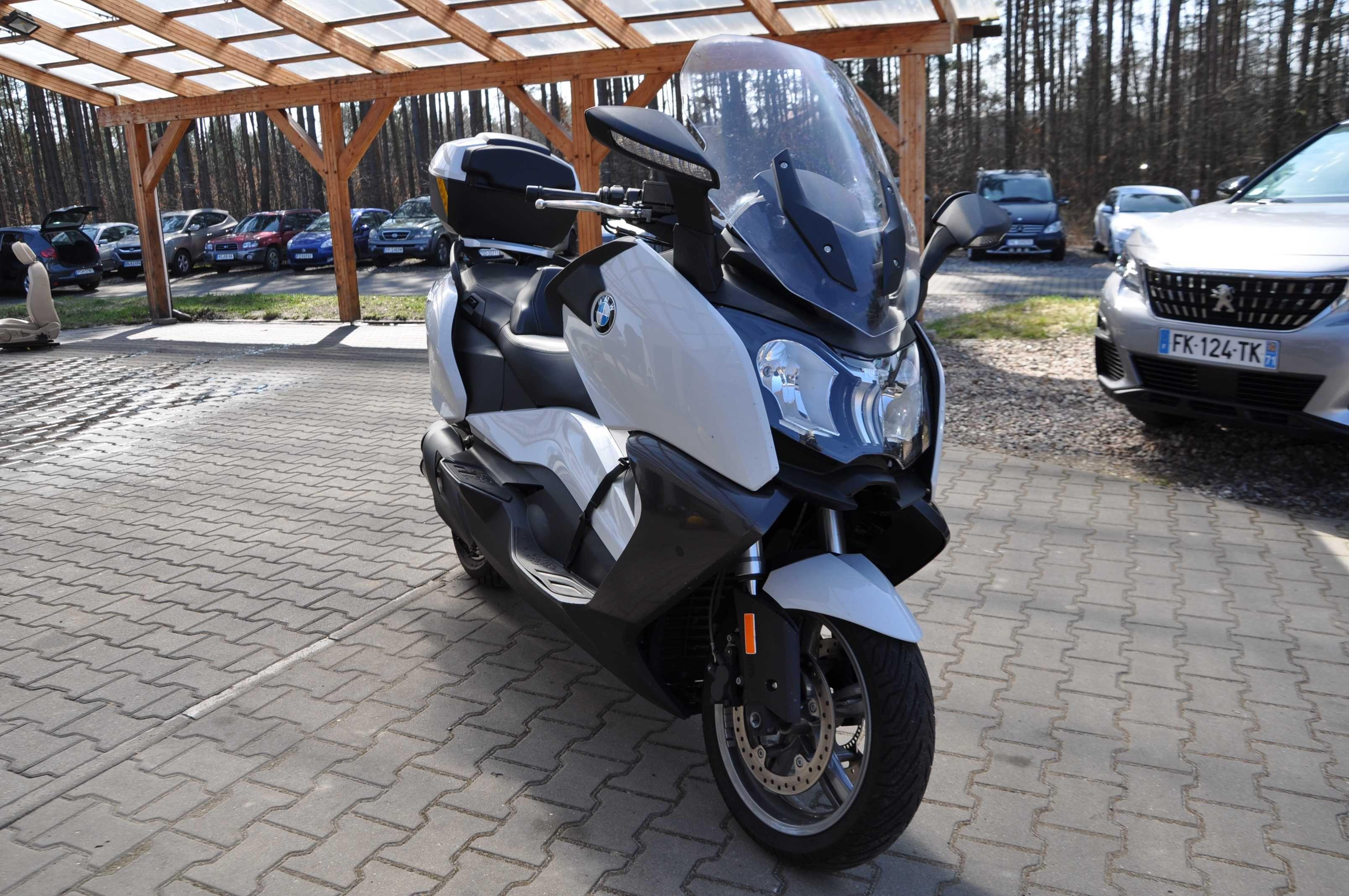 BMW C 650 GT ABS ESP Grzany Fotel CzujnikiMartwegoPola ElSzyba LED