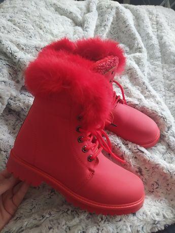 Buty trapery czerwone nowe ocieplane 36