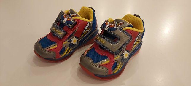 Geox świecące buty rozmiar 20