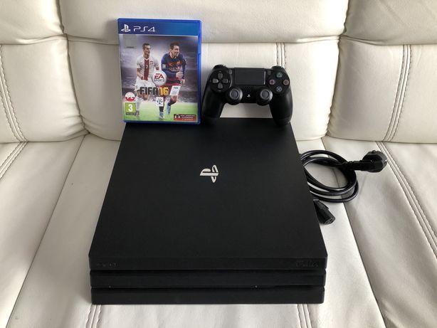 Konsola PS4 PRO z dyskiem 2TB