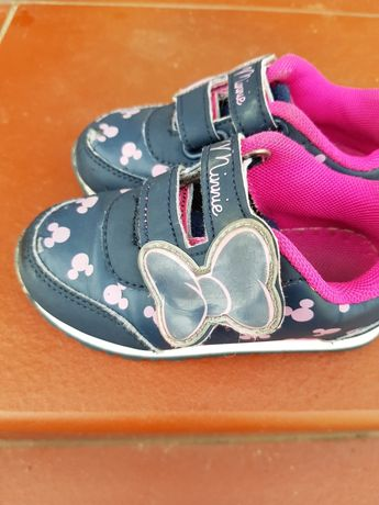 Buty adidaski Minnie 24 długość wkładki 15 cm.