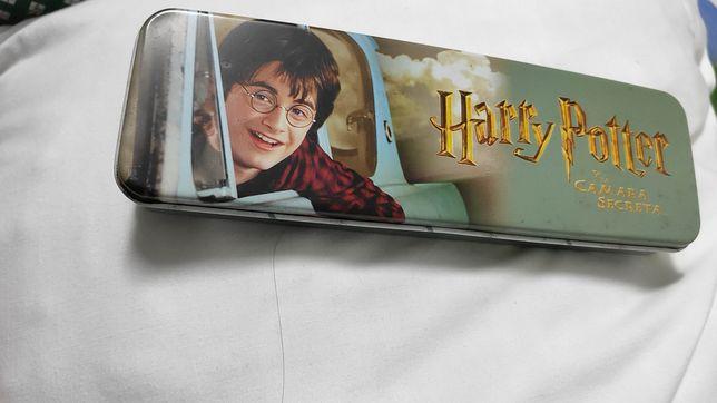 Estojo de metal Harry Potter Câmara dos Segredos Rowling Warner