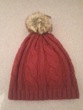 Wełniana czapeczka
