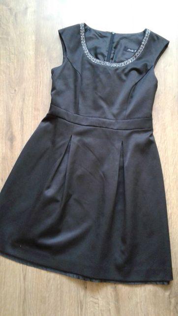 Czarna sukienka rozm 40