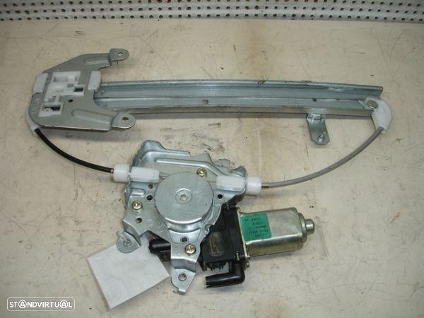 Elevador Trás Dto Electrico Nissan X-Trail (T30)