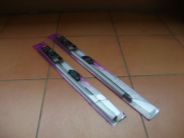 Par de escovas de limpa pára-brisas Carrefour [NOVAS*]