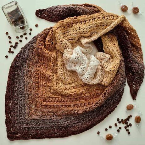 Piekna chusta szydełkowa w odcieniach brązu i beżu. Handmade