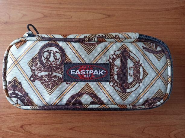 Estojo escolar Eastpak