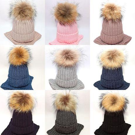 Зимняя шапка+ хомут, помпон енота