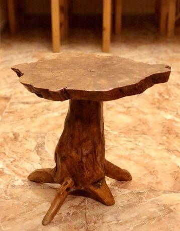 Столик, массив дерева, ручная работа, Испания.