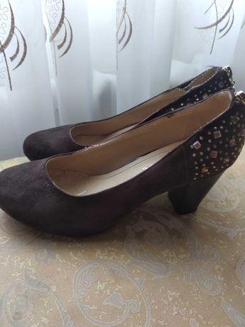 Туфли замшевые, коричневые